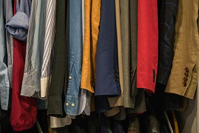 cómo-evitar-que-la-ropa-se-estropee-en-una-mudanza